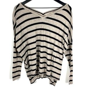 Express Wide V-Neck Long Sleeve Top